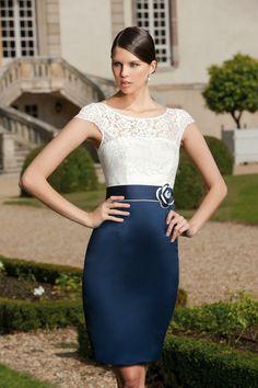 Vestido de fiesta blanco y azul