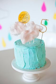 Cloud-themed fifth birthday | 100 Layer Cakelet