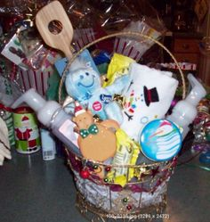 Christmas gift basket basket raffle ideas pinterest for Christmas kitchen gift basket ideas