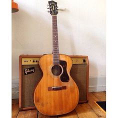 Guild Acoustic Guitars, Country Music Radio, Cool Guitar, Rock N Roll, Music Instruments, Madness, Universe, Amazing, Vintage