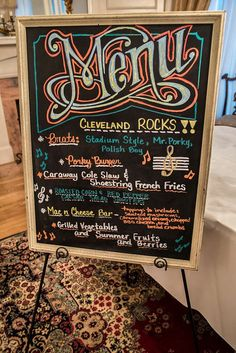 Fabulous chalkboard menu Chalk Menu, Blackboard Menu, Chalkboard Writing, Kitchen Chalkboard, Chalkboard Lettering, Chalkboard Designs, Sign Writing, Chalkboards, Chalkboard Doodles
