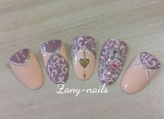 """#crystalnails #nailart #nails #nail #rose_nails #rose #vintagenails #zany_nails"""