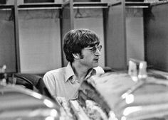 Alright, George! 〜 Beatles Scans : Photo