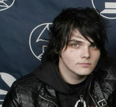 Find images and videos about music, bands and my chemical romance on We Heart It - the app to get lost in what you love. Gerard Way, Emo Bands, Rock Bands, Riggs Chandler, Bob Bryar, Hip Hop, Love Band, Young Animal, Frank Iero