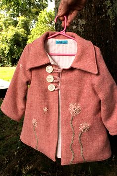 (dandelion pattern for passport cover?) Girl's Pink Wool Coat with Hand Embroidered Dandelions Sewing For Kids, Baby Sewing, Look Fashion, Kids Fashion, Pink Wool Coat, Blanket Coat, Little Fashionista, Kids Coats, Looks Cool