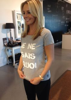 Chantal Janzen wearing our 'Je ne sais quois'-shirt. www.OKEbyme.com