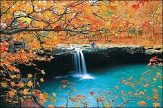 waterfall in the ozarks, arkansas   source: http://bransontourist.com/wp-content/uploads/ozarks_fall05.jpg