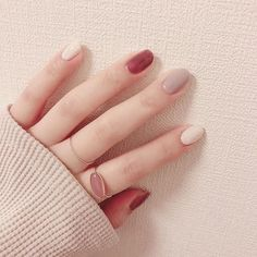 The Most Popular Nail Design for Coffin Nails Natural Nail Designs, Beautiful Nail Designs, Popular Nail Designs, Nail Art Designs, Stylish Nails, Trendy Nails, Cute Nail Art, Cute Nails, Natural Color Nails
