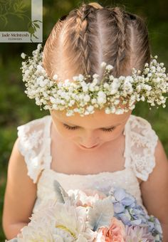 How sweet is this? Baby's breath crowns are still having their moment and there's a good reason why. www.jademcintoshflowers.com.au www.thierryboudanphotography.com.au
