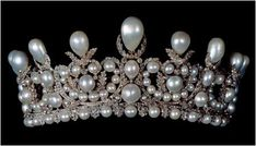 Most Expensive Royal Jewels   10. Jewels from the Princely Collection of Thurn und Taxis - $13.7 ...