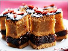 A mixture of food, sweets, feelings and thoughts Healthy Dessert Recipes, Sweets Recipes, Cookie Recipes, Romanian Desserts, Romanian Food, Pastry Cake, Dessert Drinks, Sweet Cakes, Something Sweet