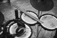 New free stock photo of black-and-white music modern #freebies #FreeStockPhotos