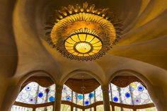 Casa Batlló (Casa dels ossos) Barcelona Catalonia Spain  www.alamy.com/image-details-popup.asp?ARef=G08H88  #barcelona #batllo #gaudi #casa #spain #house #architecture #heritage #window #design #attraction #interior #building #architect #chandelier #modern #light #ceiling #inside #europe #curve #catalunya #modernist #home #antonio #glass #decoration #art #artistic #spanish