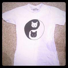 Hot Topic Yin Yang Cat Tee Cute yin & yang cat shirt from Hot Topic :) size small Hot Topic Tops Tees - Short Sleeve