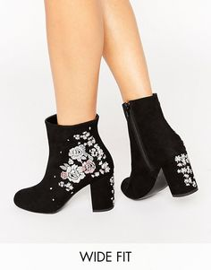 New Look wide Fit Crafty Embroidered Ankle