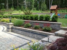 A well combined hardscape and gardening in the outdoor.