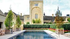 Fancy a country weekend filled with long walks, pub grub, and lounging in a luxurious spa? Well, the Cotswolds make for a glorious luxury getaway.
