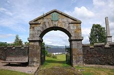 Old entrance Fort William old fort Places In Scotland, Main Gate, Old Fort, Fort William, Entrance, Old Things, Architecture, Celtic, Buildings