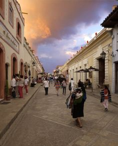 las calles de san cristobal de las casas - padrisimo el cielo