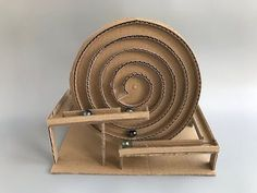 How to make spiral Marble Machine - cardboard toy - Ideas for children , Marble Machine, Kinetic Toys, Kinetic Art, Wood Crafts, Diy And Crafts, Marble Toys, Carton Diy, Diy Karton, Marble Maze