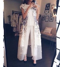 .Women's summer tulle organza robe