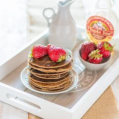 La mia colazione preferita,pancakes light vegani senza glutine,si preparano in 5 minuti e sono buonissimi,la ricetta nel mio blog Semplicemente Light #colazionevegan#colazioneglutenfree #semplicementelight #colazionelight #ricettaveloce#ricetteglutenfree #ricettevegane#colazioneConIfood#ifoodit#ifoodrecipe