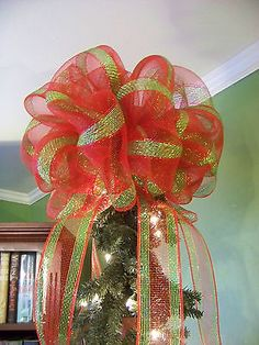 Red+Green+&+Gold+Stripe+Deco+Mesh+Christmas+Tree+Topper+Bow
