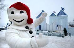 Me voici avec mon grand Palais de Glace! / It's me and my big Ice Palace!