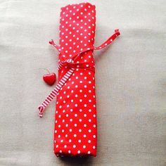 Knitting needle case roll VINTAGE RED HEART by KnittingBagAndCase
