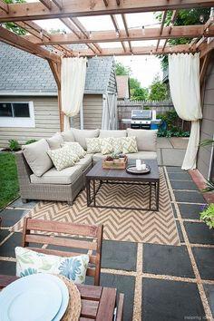 Gorgeous 97 Awesome Gravel Patio Ideas with Pergola https://roomaniac.com/97-awesome-gravel-patio-ideas-pergola/