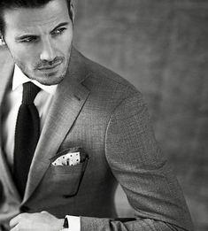 27 regras não ditas sobre ternos que todo homem deveria saber