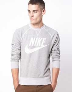 Nike Vintage Marl Crew Neck Sweatshirt I know it's a guys sweatshirt but I want it for myself