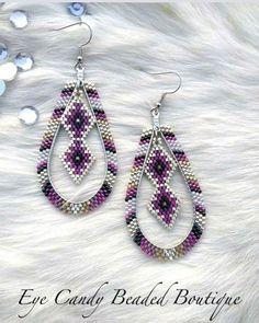 Custom order. #eyecandybeadedboutique #beadedearrings #beaded#beadedhoops #nativefashion2018 #nativefashionnow #beadersofinstagram #beading#handstitched #brickstitchearrings #indigenousjewelry #tribaljewelry #southwestjewelry #soutwestchic #southwesternjewelery Beaded Earrings Native, Beaded Earrings Patterns, Beaded Jewelry Designs, Seed Bead Jewelry, Bead Jewellery, Seed Bead Earrings, Tribal Jewelry, Diy Earrings, Jewelery