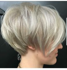 Layered Ash Blonde Pixie Bob In 2019 Long Pixie Hairstyles Layered Pixie Cut, Layered Bob Short, Short Pixie Bob, Blonde Short Hair Pixie, Shaggy Pixie, Asymmetrical Pixie, Layered Hair, Short Choppy Haircuts, Long Pixie Hairstyles