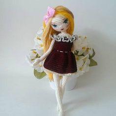 Cute Crochet, Beautiful Crochet, Knit Crochet, Knitted Dolls, Crochet Dolls, Crochet Doll Pattern, Crochet Patterns, Knitted Animals, New Dolls