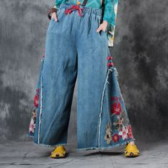Chinese Buttons Rose Embroidered Jeans #rose #embroidery #vintage #woman #jeans #denim #pants #wideleg