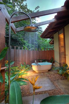 Outdoor bathtub and shower adjacent to the bathroom indoors [Design: Concreteworks].Bathroom Decorations And Style Thumbnail size Outdoor Bathroom Ideas Small Backyard.backyard guest house with bathroom. Outdoor Bathtub, Outdoor Bathrooms, Luxury Bathrooms, Small Bathrooms, Outdoor Pool, Outdoor Spaces, Outdoor Living, Jungle Bathroom, Outside Showers