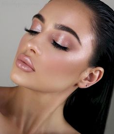40 latest smokey eye makeup ideas welcome to my GREEN EYES makeup inspiration board. Here you can find makeup ideas for 40 latest smokey eye makeup ideas welcome to my GREEN EYES makeup inspiration board. Here you can find makeup ideas for Glam Makeup Look, Pink Makeup, Makeup Looks, Brunette Makeup, Bridal Makeup For Green Eyes, Makeup Set, Best Natural Makeup, Natural Wedding Makeup, Natural Brows