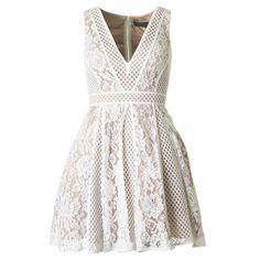 Forever Unique Stretch Lace Skater Dress (1.200 BRL) ❤ liked on Polyvore featuring dresses, v neck skater dress, white sleeveless dress, day party dresses, party dresses and white skater dress