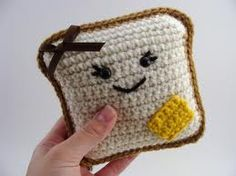 crochet toast - make this a cat toy?? im thinkin yes!!