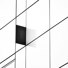 Au détour d'une rue derrière le fameux centre commercial de Beaugrenelle ~  #architecture #art #minimal #minimalism #white #black #pure #style #street #urban #paris #mood #city #building #design #graphic #lines #geometry #perspective #instaday #construction #abstract