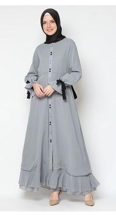 Heaven Sent Maisa Dress – Best Of Likes Share Modern Hijab Fashion, Abaya Fashion, Modest Fashion, Fashion Outfits, Hijab Elegante, Hijab Chic, Hijab Style Dress, Hijab Outfit, Modest Dresses