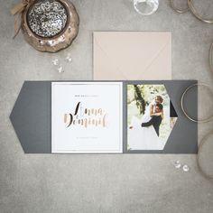 Pocketfold als Einladung zur Hochzeit mit digitaler Folienprägung in Roségold #hochzeit #goldfolie #herzkarten #papeterie
