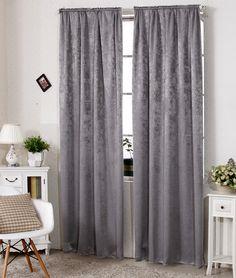 Gestalten auch Sie Ihre Fenster dekorativ und Stilvoll mit diesen tollen Damast Gardinen. Sie sind leicht anzubringen und Blickdicht. Der fertig konfektionierte und blickdichte Vorhang aus pflegeleichtem Polyester rundet das Ambiente...