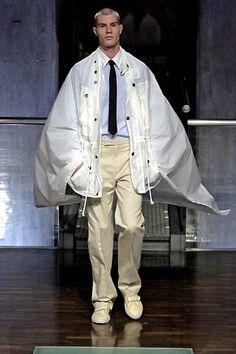 Raf Simons Spring 2005 Menswear Fashion Show