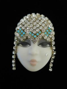 Hand Painted Porcelain Lady Flapper Face Pin Textile Jewelry, Cloche Hat, Hand Painted, Painted Porcelain, Head Pins, Beaded Embroidery, Brooch Pin, Lady Face, Vintage Fashion
