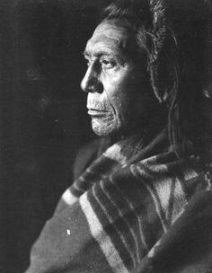Flathead chief Kullup-skawl'che (aka Ring-Necked Crane, aka Crane Necklace, aka Moise, aka Antoine Moise) - Flathead - 1913_(lh6.googleusercontent.com)