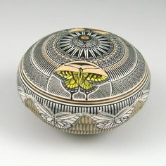 Wallace Nez (Navajo) - clay, carved; seed pot