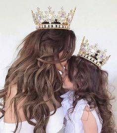 #princess #goals #family #crown #mom #mood #daughter #mot #queen https://weheartit.com/entry/301187387?context_page=14&context_type=explore