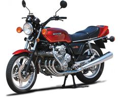With a vast history of racing machines utilizing and motorcycle engines, Honda didn't need to dig too deeply to create the technology for the Honda CBX They may not have been the first kids in the motorcycle game, but in thei Classic Honda Motorcycles, Honda Motorbikes, Motos Honda, Honda Bikes, Cool Motorcycles, Vintage Motorcycles, Cb 1000, Honda Cbx, Retro Bike